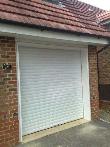 Domestic insulated roller door